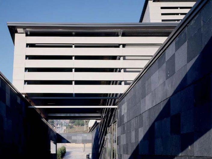 PROJECTE POLIESPORTIU DE VACARISSES (BARCELONA)